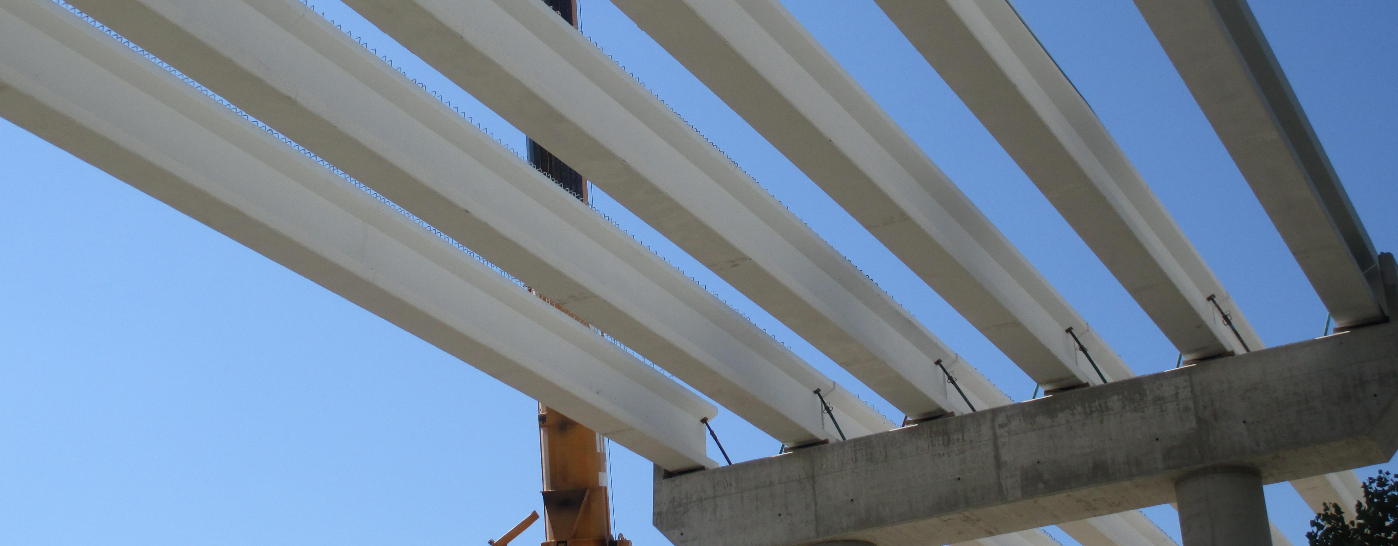 Vigas doble T en tablero de puente